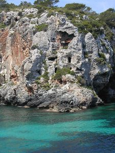 Cales-Coves-1